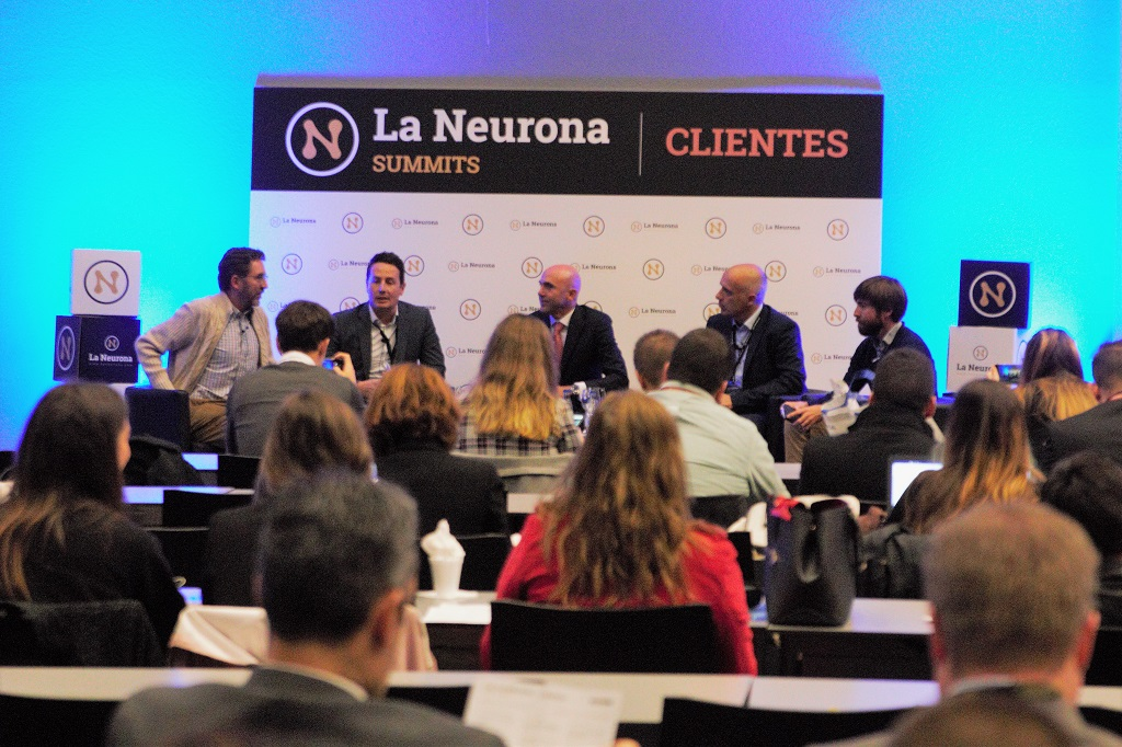 Mesa redonda Social Selling - La Neurona Summit Clientes Madrid